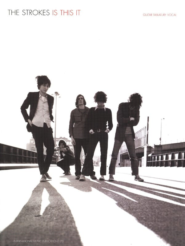 Is This It - The Strokes - Partition - Pop / Rock - laflutedepan.com